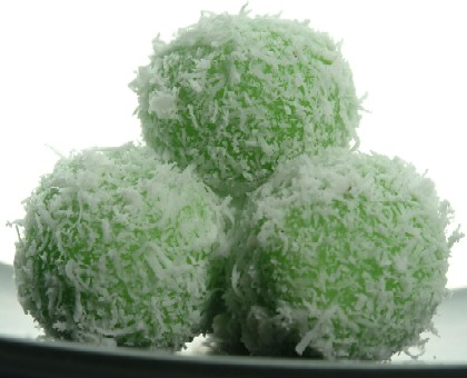 Klepon balletjes